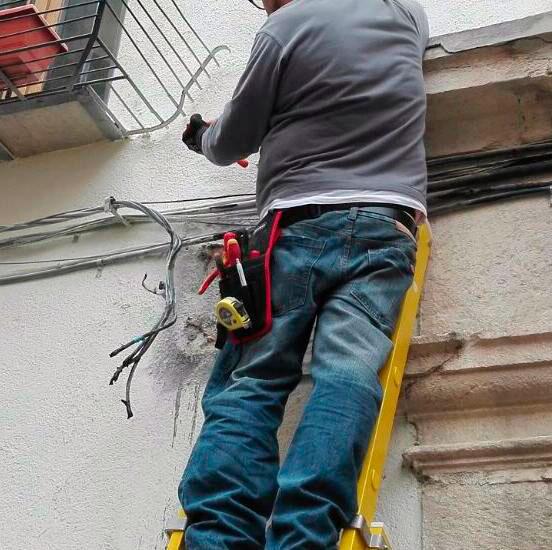 EFFICAX Reparadores, Arreglo Tendido Electrico